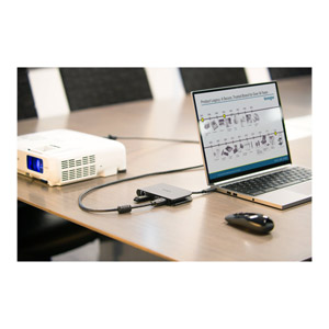 SD1500 USB-C Mobile Dock