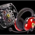 Photos Scuderia Ferrari Race Kit (volant + casque gaming)
